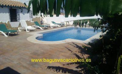 Chalet con piscina privada para hasta 9 personas en la Playa el Palmar