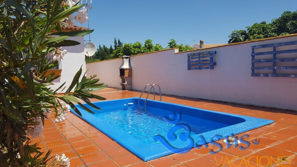 Adelfa chaparrillo chalet con piscina Conil