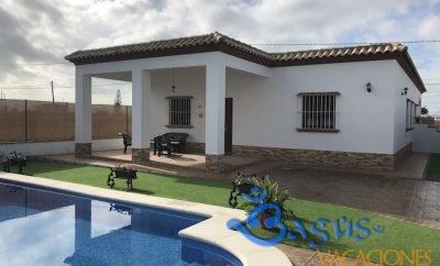 Chalet Amanecer, El colorado con piscina privada para 4 personas