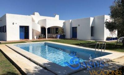 Chalet Puerto Chico, una casa de sueños para 6 personas con piscina privada