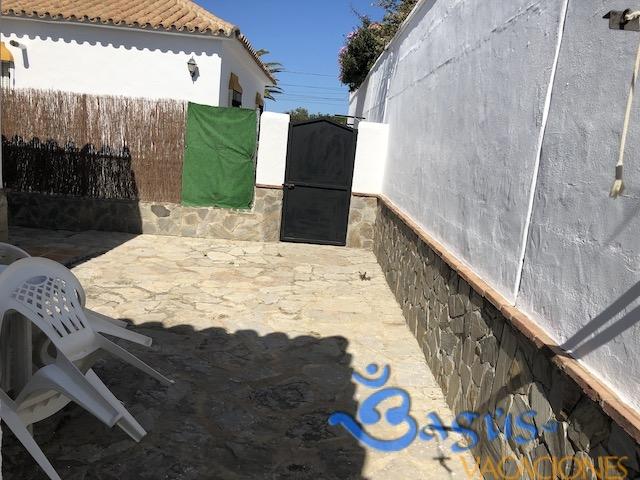 Chalet Consuelo 1, 200m de la playa, caños de meca, 3 dormitorios