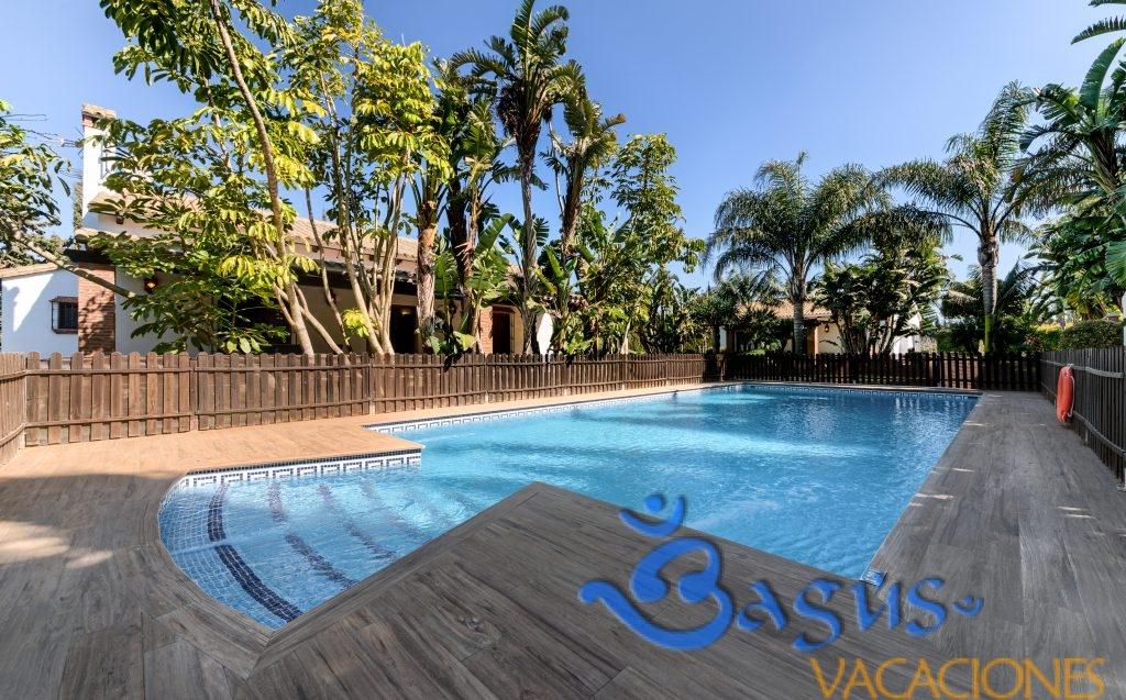 apartamentos planta alta Hacienda Roche Viejo piscina compartida