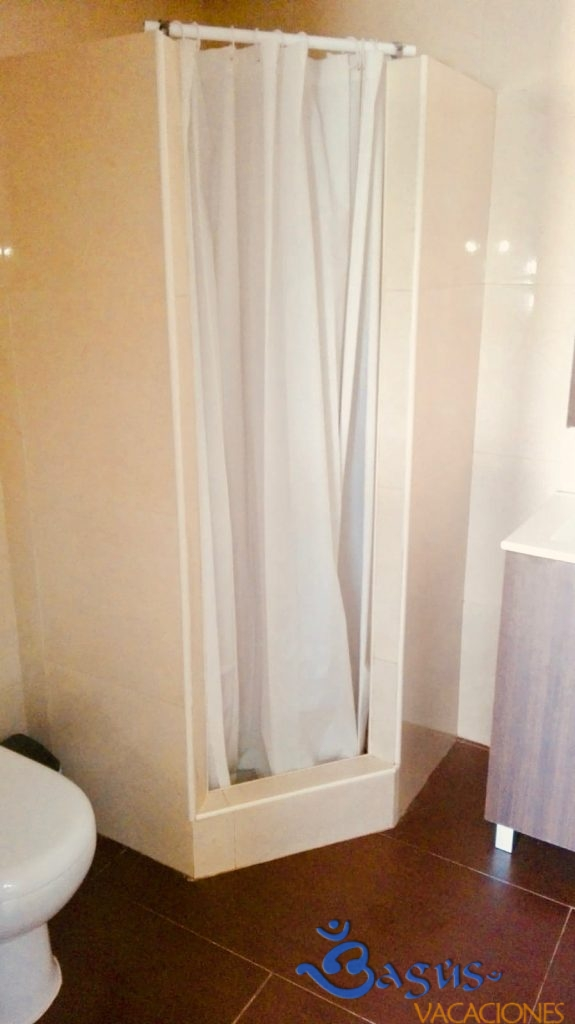 El Abuelo Apartamento 2 y 3, Alojamiento Rural, 1 dormitorio en altillo, a 700 m de la playa de roche.