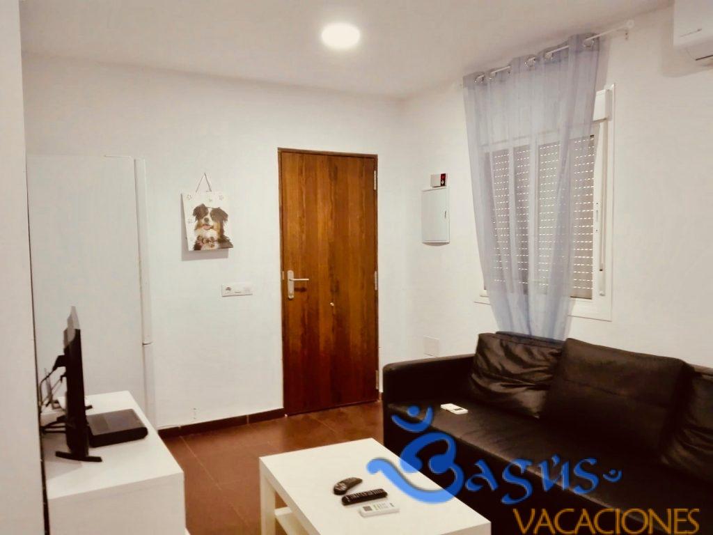 alojamiento rural en roche, apartamento 4, 700m de la playa, 2 dormitorios para hasta 6 personas