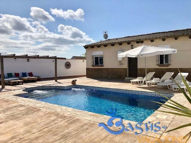 Casa Carmela en el Palmar, con piscina privada