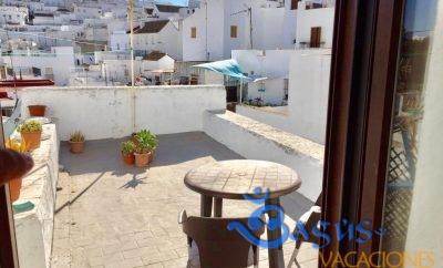 Ático, apartamento con terraza y vistas en Vejer de la Frontera