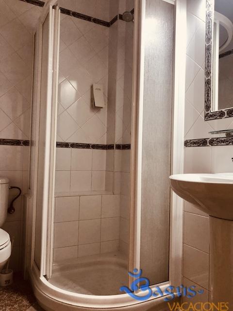 baño apartamento en Conil