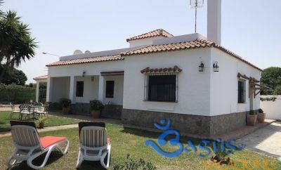 Villa Rita, amplio chalet a 200m de la playa con 3 dormitorios en la playa El Palmar