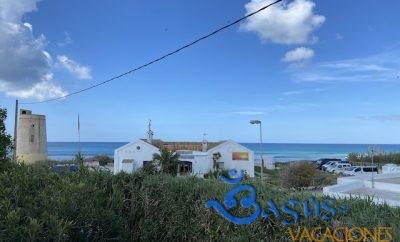 Casa con terraza privada con vistas muy cerca del mar en el Palmar