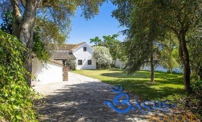 Casa Estilo Andaluz en zona Barbate con piscina privada