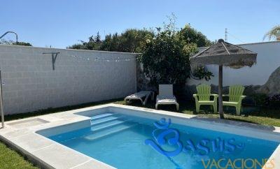 Bungalow 2 dormitorios con piscina privada playa el Palmar